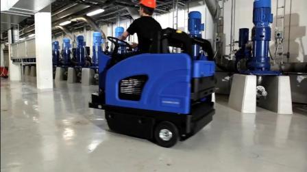 Nilfisk-ALTO滚刷式电动扫地车R870