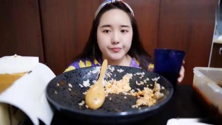 古早味芝士蛋糕+家常菜土豆丝+醋溜青椒+炒生菜+西红柿鸡蛋
