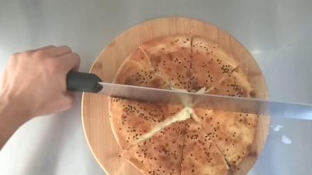 网红重磅芝士流心披萨的制作,颜值高,口感好