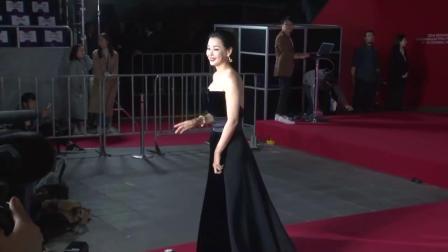 第23屆釜山電影節红毯:玄彬&張東健同框 女星最愛黑白配!
