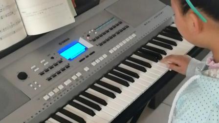 《蓝猫淘气三千问》演奏者刘佳鑫。