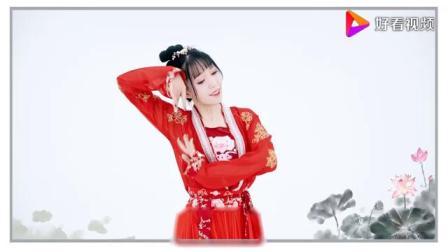 清纯校花练习古典舞蹈_这身红色古风长裙好漂亮