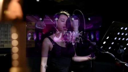 爱奇艺直播平台奇秀推广歌《相约在奇秀》作曲制作郑冰冰