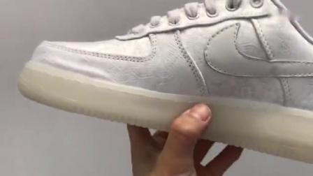 全新出货 正确版本Nike x Clot Air Force 1 空军一号白丝绸限量跑鞋 陈冠希联名 双层面料 原厂丝绸 正确鞋型 内置气垫 尺码:36-45