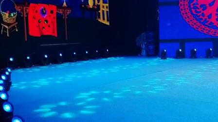 河南戏曲演员张浩传媒明星演艺公司舞美队摄像师拍摄省艺术中心演唱会片段花絮!张浩艺术团祝晚会圆满成功!学戏曲就到明星擂主卫青环济源专业戏曲艺术培训学校!