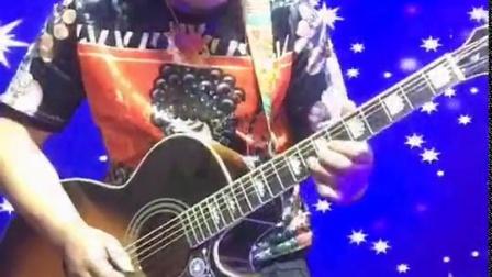 一首夜空中最亮的星吉他曲火遍全球 来看看这位大神