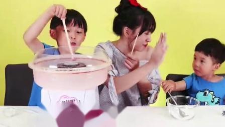 《小伶玩具》用软糖制作棉花糖,手工创意棉花糖制作游戏!