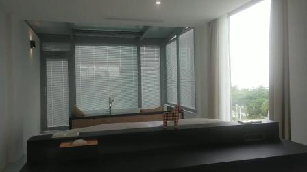 锐谷节能科技:别墅阳光房安装电动百叶中空玻璃窗