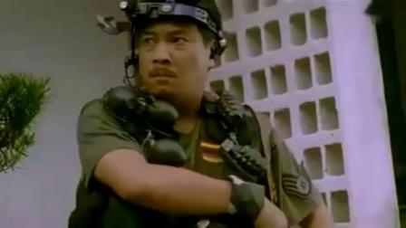 张卫健、曾志伟刺杀王祖贤,却被撞进了医院,吴孟