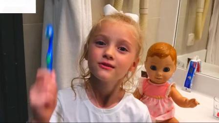 你在睡觉吗约翰娃娃和娃娃的搞笑视频