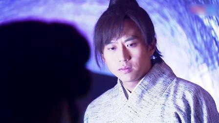 小昭去掉伪装恢复本来面目,张无忌眼睛都看直了:原来你这么漂亮!