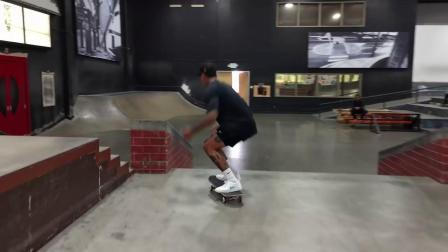 Nyjah Huston VS. The Hubba - 13 Tricks in 14 Tries