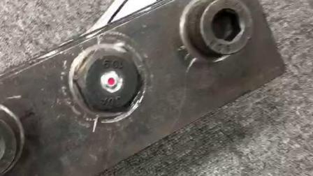 视觉指示螺栓和充电式扭矩扳手