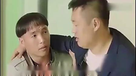看上美女护士,被吃豆腐搞笑视频