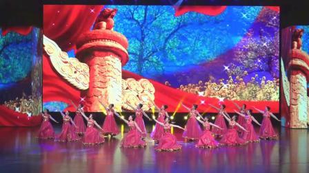舞蹈《今天是你的生日我的中国》演出单位:江西吉安县敖城镇社区艺术团