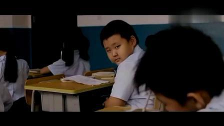 小明搞笑系列,小东把正在睡觉的老师都吵醒了