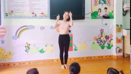 越南幼儿园舞蹈老师好美
