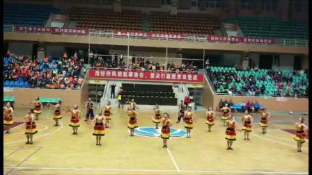 茘浦市2018第十届广场舞大赛,炫舞飞扬艺术团参赛节目《阿西里西》荣获第一名。