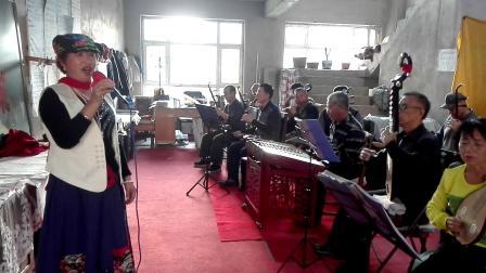 北安市快乐乐队。歌曲《沂蒙颂》演唱者,管女士。VID_20181021_150343