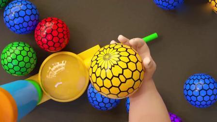 亲子早教动画 萌宝宝给小气球打气爆开后学习颜色