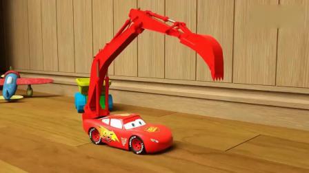 亲子早教动画 小汽车改装后变成挖掘机赛车,然后开始救援行动!