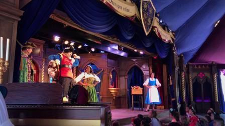 Fantasy Faire's the Royal Theatre presents Beauty and the Beast 2017