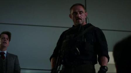 《摩天营救》宿敌枪战一触即发,赵隆基躲入密室逃过一劫
