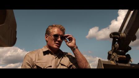 沃尔沃挖掘机与好莱坞巨星龙格尔共同出演微电影《火热迸发》