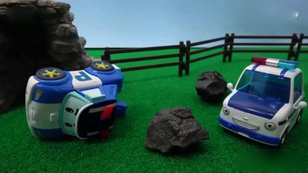 亲子早教动画 把小汽车挤翻车了,救护车,消防车都赶紧过来帮忙