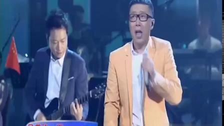 《兄弟抱一下》 演唱:庞龙