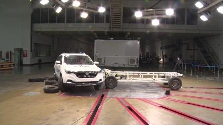网红版奔腾X40测试结果,安全配置缺失,乘员受伤系数