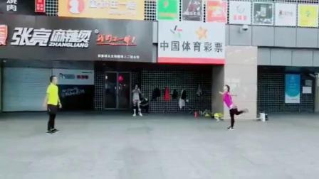 天坛钱姐毽子视频18.10.28幺妹专辑