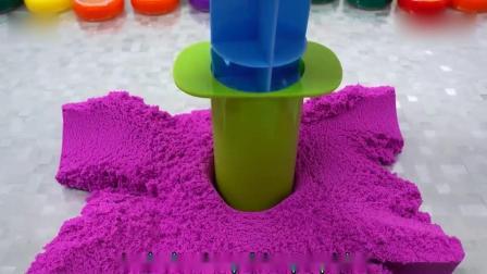 亲子早教动画 儿童DIY太空沙彩虹花瓣蛋糕 趣味 宝宝学颜色