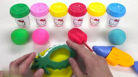 与凯蒂猫学习颜色 饼干模具和惊喜玩具蛋五