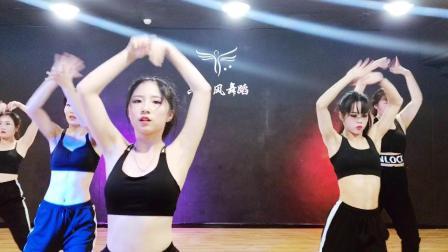 常州新北万达广场抖音女团流行舞爵士舞街舞演出表演培训  六月风舞蹈学院