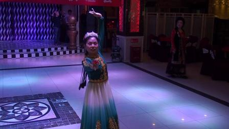 米东区百合花舞蹈团队—— 刘老师独舞