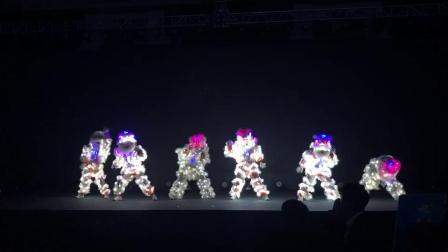晟迪东煌  电光狮子舞
