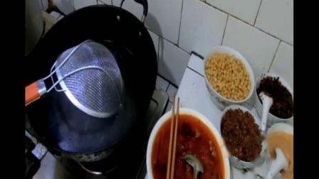 牛肉面配方 肥肠面的做法 排骨 鸡杂 酸菜肉丝面怎么做