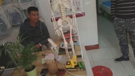 李立国老师接诊膝关节骨刺患者20181109_131612