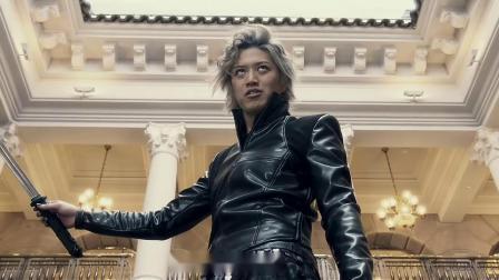 牙狼:神之牙 超精彩铠甲PK对决片段『中字超清』