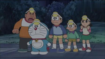 哆啦A梦带着大家一起去了未来世界,那里的世雄居然喊大雄爷爷