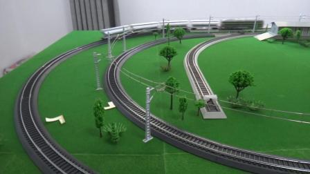 东风4B内燃机车系列牵引4节L18粮食车及4节GQ70,GN70油罐车在环形铁路运行