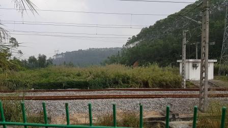 广铁广段东风5型1457号内燃机车上行