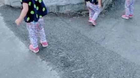 三胞胎姐妹出来玩啦