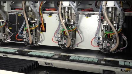东台精机 SDL 系列 – 印刷电路板加工机