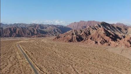 航拍温宿大峡谷