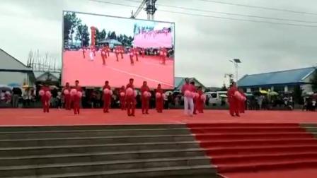 河北省承德市丰宁满族自治县兰营村《双双广场舞》
