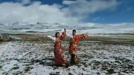 从滇藏线进藏,青藏线出藏,经唐古拉山,沱沱河,可可西里,昆仑山一路风景。
