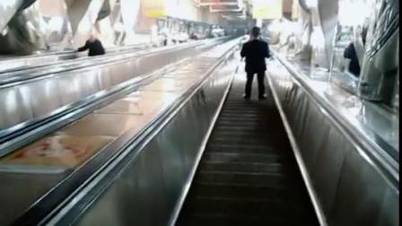 这个就是重庆网红俩路口皇冠大扶梯了