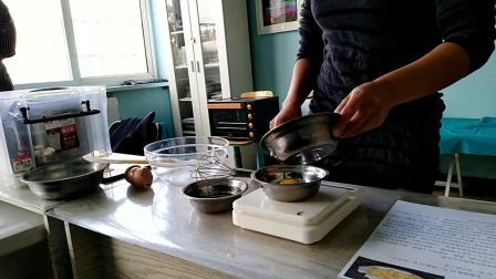 蛋黄饼干制作